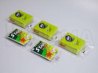 Gąbki pakowane w sznurku na poziomej maszynie pakującej (HFFS).