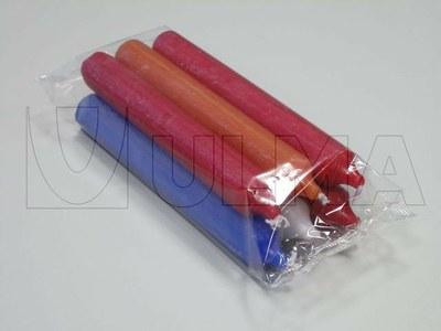 Świece pakowane w opakowanie zbiorcze na poziomej maszynie pakującej (HFFS).