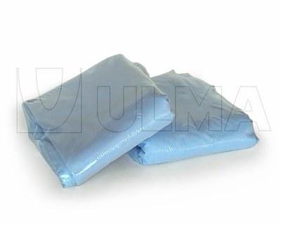 Ręczniki i ścierki pakowane w polietylenową folię termokurczliwą.